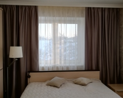 Шторы для спальни High-Tech